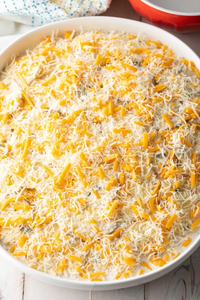 Cheesy Potatoes au Gratin Recipe #ASpicyPerspective #potatoes #scalloped #gratin #cheese #baked #comfortfood #potato #best #holiday