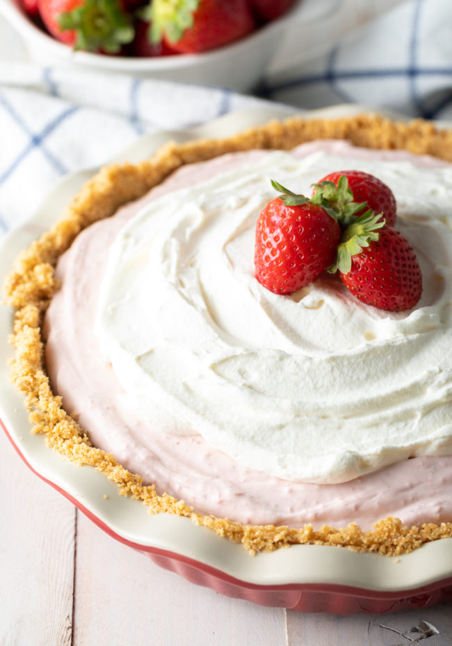 strawberry cream pie with strawberries and cream cheese