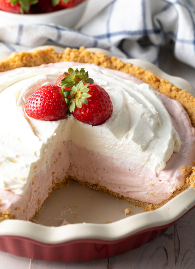 strawberry pie with no-bake crust and homemade strawberry pudding