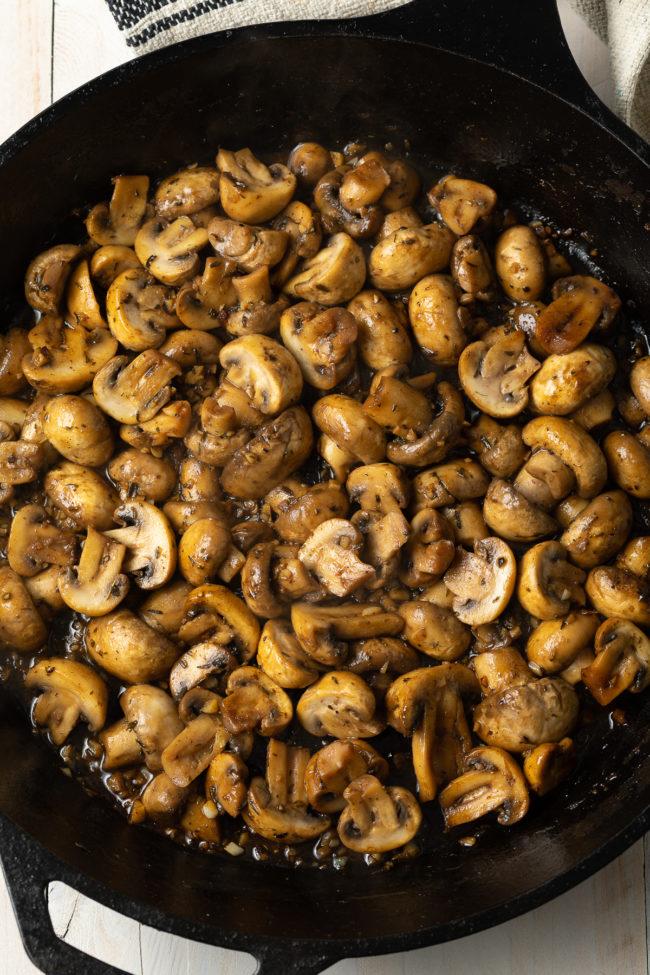 skillet mushrooms