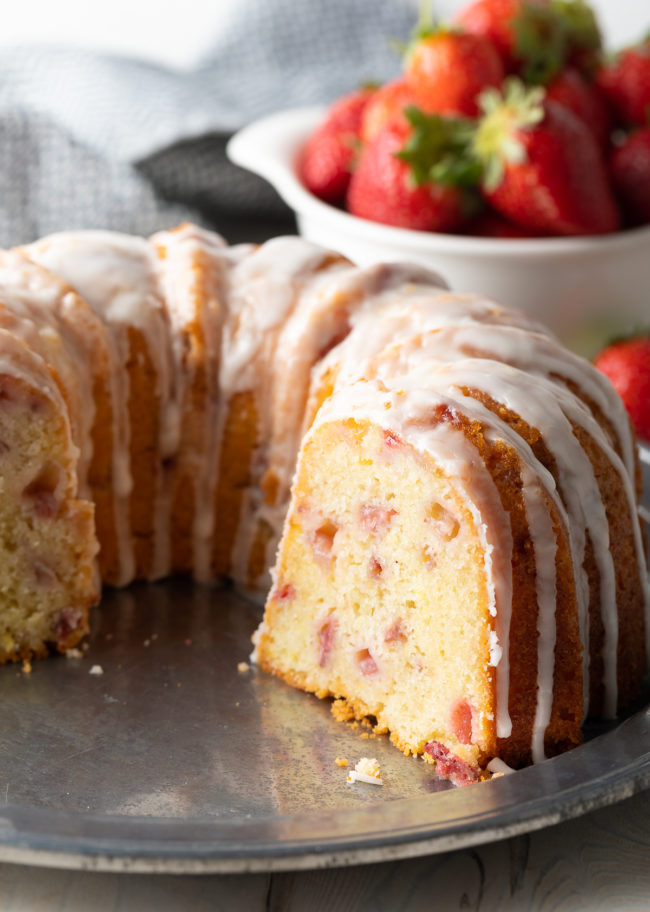 Fresh Strawberry Bundt Cake Recipe