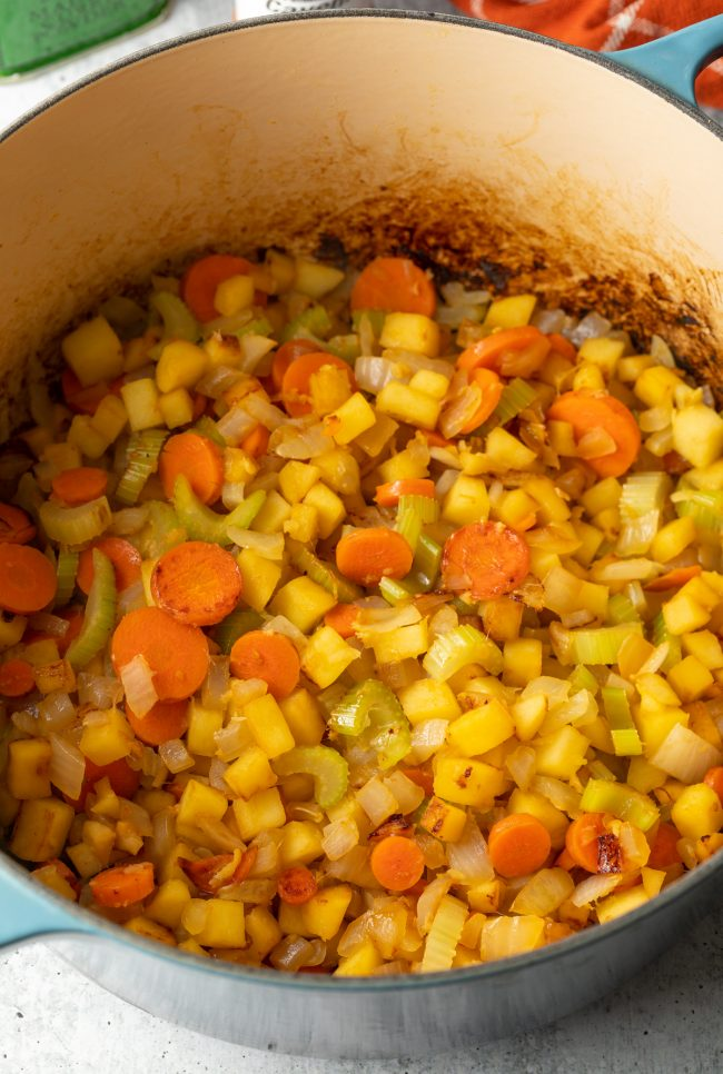 Healthy Mulligatawny Soup   ASpicyPerspective.com #LowCarb #GlutenFree