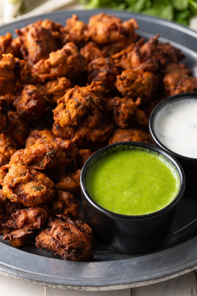 Green Chutney and Raita Recipe served with these Indian nuggets