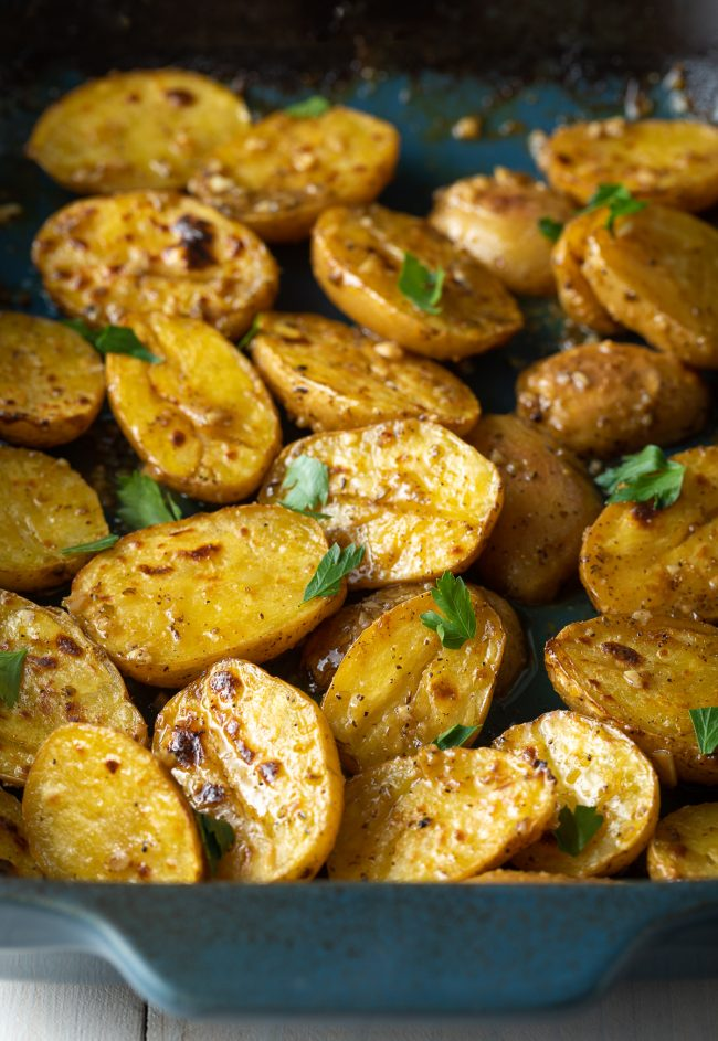 roasted baby potatoes with garlic and lemon