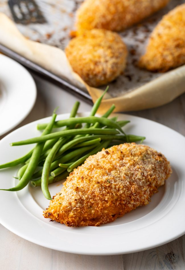 crispy baked chicken breast with green beans