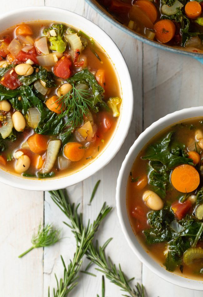 beans and kale soup paleo keto