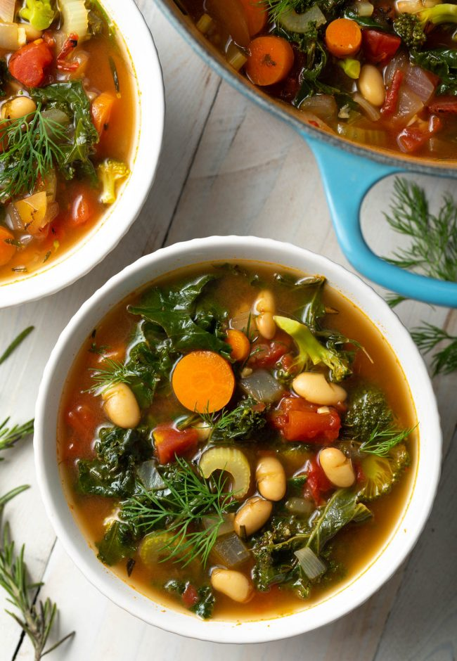 white bean and kale soup with veggies