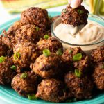 conch fritters with sauce