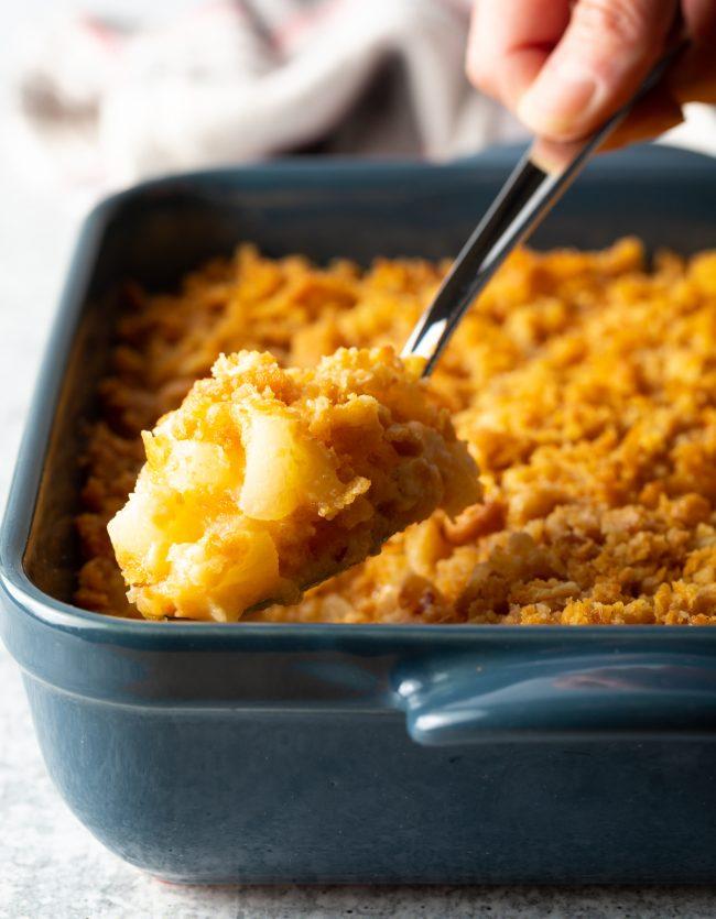 cheesy pineapple casserole recipe with Ritz crackers